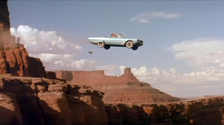 The 1966 Ford Thunderbird in Thelma and Louise - Movie Outfits and Products
