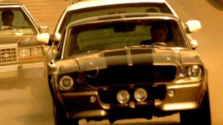 The 1967 Shelby GT500 of Nicolas Cage in Gone in 60 Seconds - Movie Outfits and Products