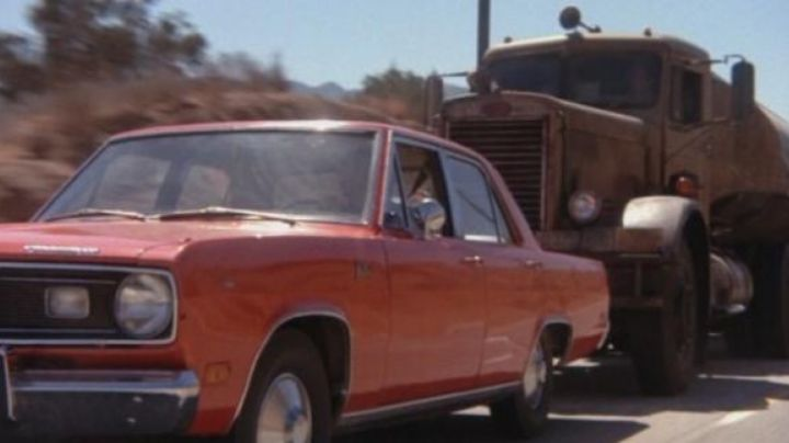 The 1971 Plymouth Valiant in Duel - Movie Outfits and Products