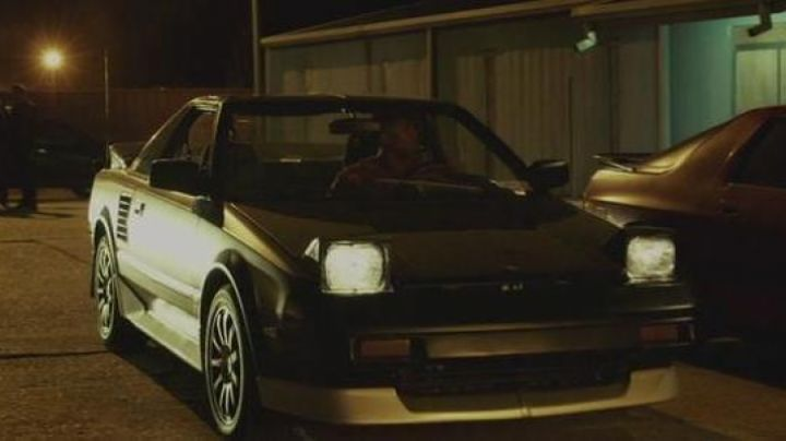The 1988 Toyota MR2 of Michael B. Jordan in The Fantastic Four - Movie Outfits and Products