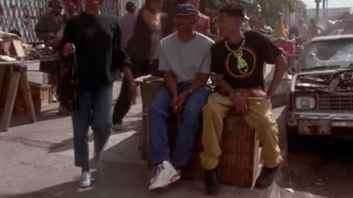 The Air Jordan shoes white in Mo' Money - Movie Outfits and Products