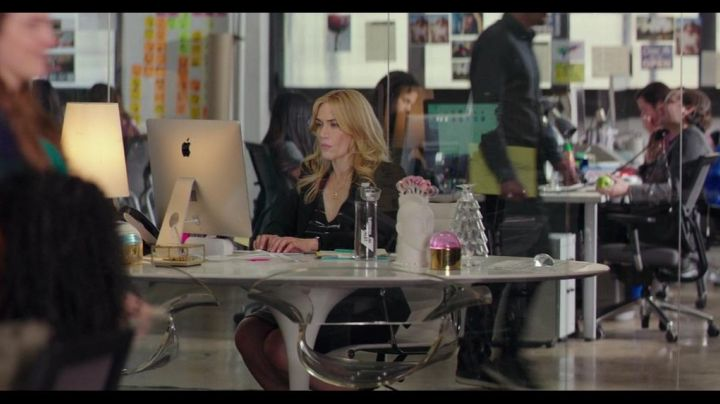The Apple iMac seen in hidden Beauty - Movie Outfits and Products