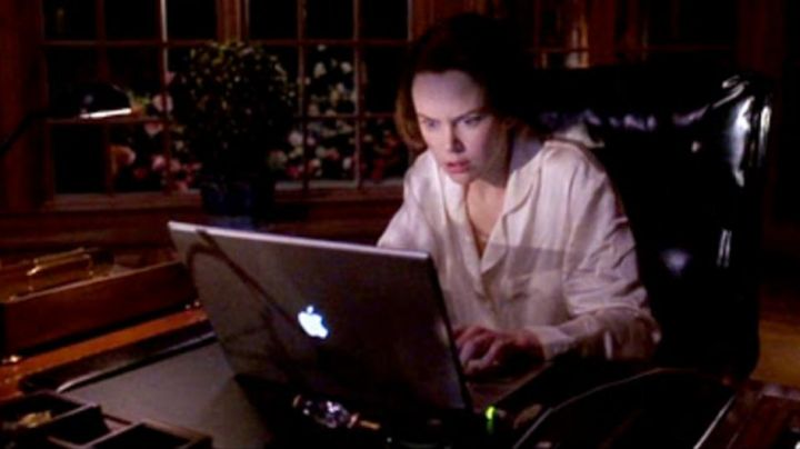 The Apple notebook of Joanna Eberhart (Nicole Kidman) And the man created the woman - Movie Outfits and Products