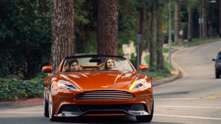 The Aston Martin Vanquish Volante of Emily Ratajkowski in Entourage - Movie Outfits and Products