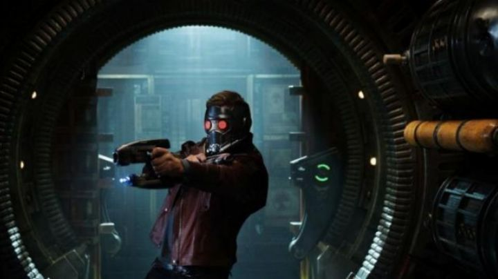 The Blaster Nerf Star lord (Chris Pratt) in guardians of the galaxy - Movie Outfits and Products