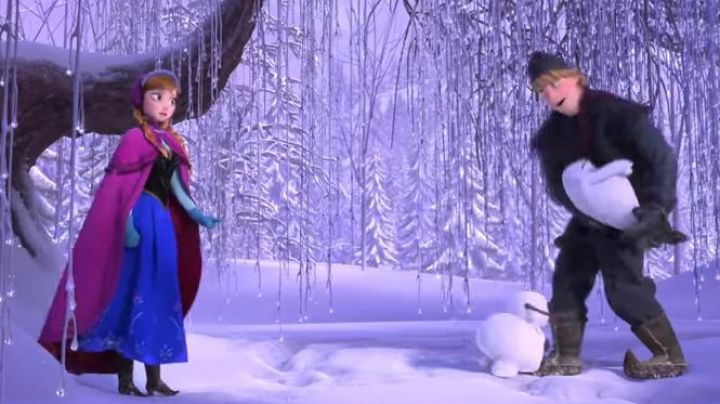 The Boots of disguise for the children of Anna in The Snow Queen - Movie Outfits and Products