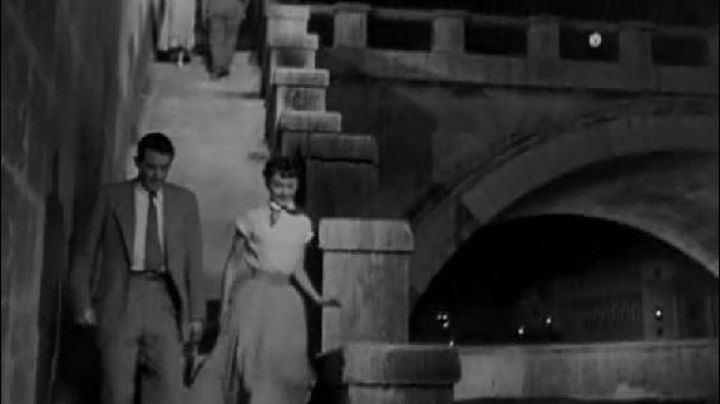 The Bridge Sant'angelo in Rome in roman Holiday - Movie Outfits and Products