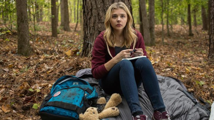 Fashion Trends 2021: The Burton backpack of Chloë Grace Moretz in The Fifth Wave