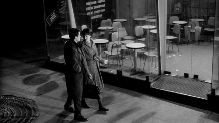 The Cafe on the Place de la Sorbonne in the movie Live the life of Jean-Luc Godard - Movie Outfits and Products