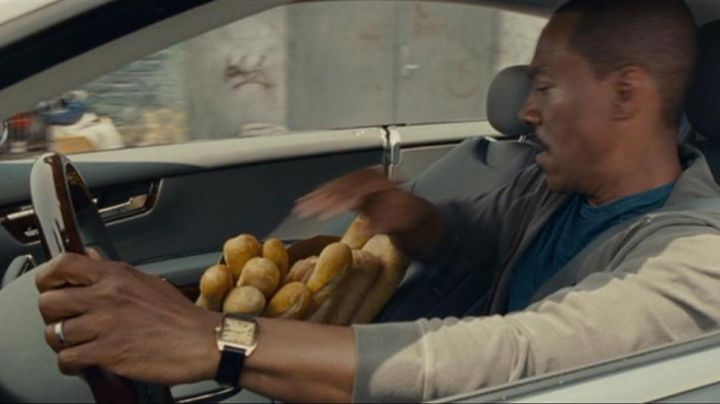 Fashion Trends 2021: The Cartier watch Santos of Jack McCall (Eddie Murphy) a Thousand words