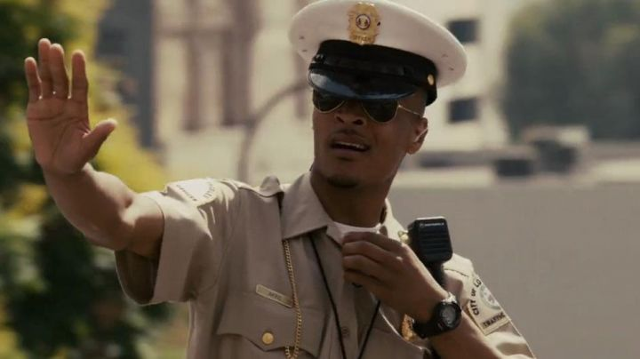 The Casio edifice men's watch Ghost (T. I.) in Takers - Movie Outfits and Products