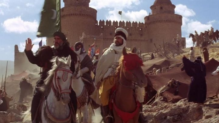 The Castillo de La Calahorra, in Spain, in the film The lion and the wind - Movie Outfits and Products