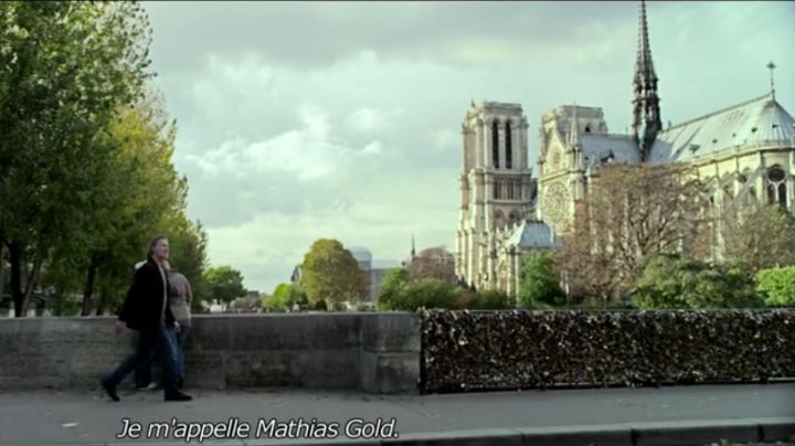 """The Cathedral of Notre Dame de Paris in """" My old lady ( Kevin Kline ) - Movie Outfits and Products"""