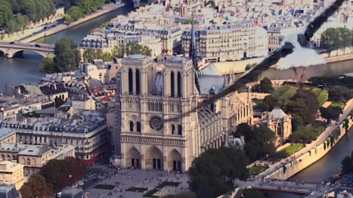 The Cathedral of Notre Dame de Paris in The Smurfs 2 - Movie Outfits and Products