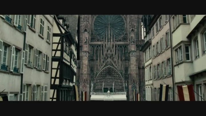 The Cathedral of Our Lady of Strasbourg in Sherlock Holmes 2, game of shadows - Movie Outfits and Products