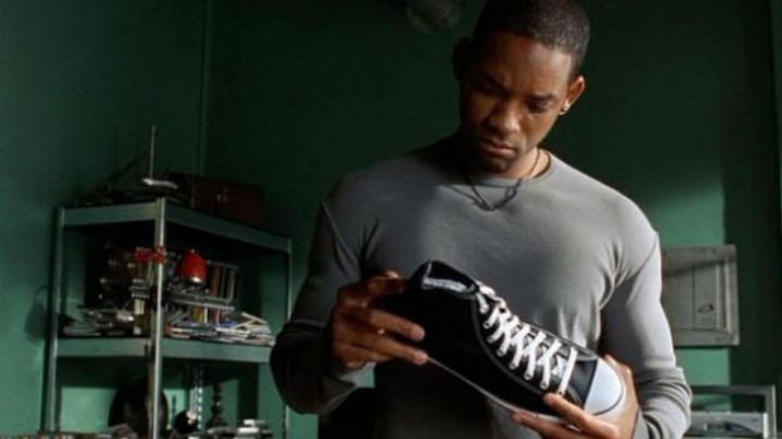 The Chuck Taylor Will Smith in I Robot - Movie Outfits and Products
