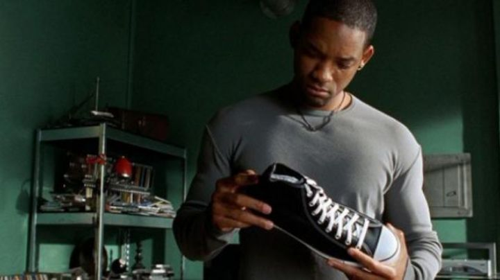 The Chuk Taylor Will Smith in i, Robot - Movie Outfits and Products