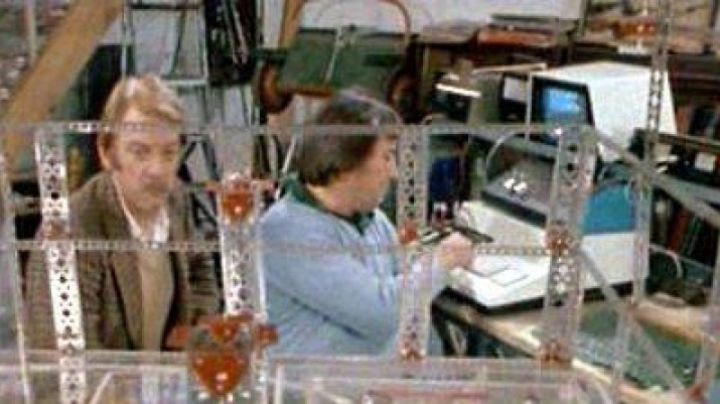The Commodore PET in A man, a woman and a bank - Movie Outfits and Products