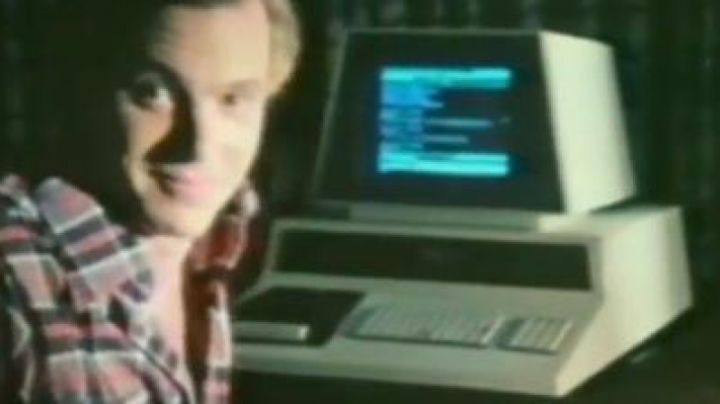 The Commodore PET of Tom in 984: Prisoner of the Future - Movie Outfits and Products