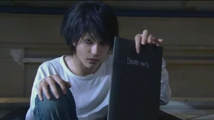 The Death Note of L in Death Note - Movie Outfits and Products