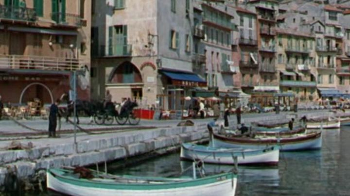 The Dock of the Customs on the port of Villefranche-sur-mer in the film, She and him - Movie Outfits and Products