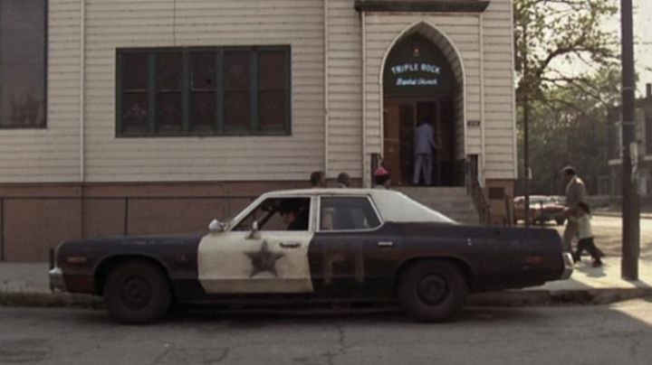 The Dodge Monaco of Blues Brothers - Movie Outfits and Products