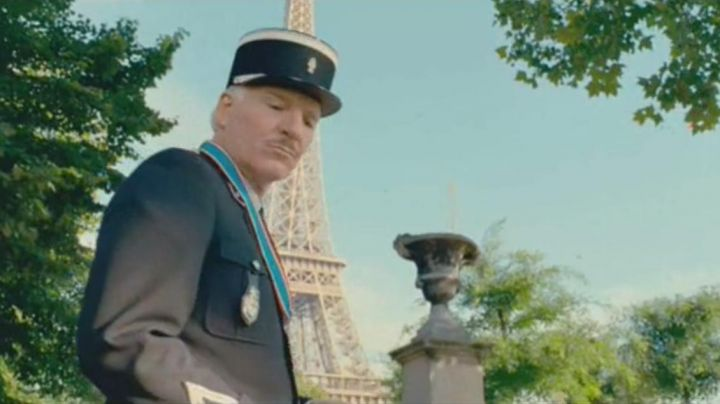 The Eiffel Tower in The pink Panther 2 (Steve Martin) - Movie Outfits and Products