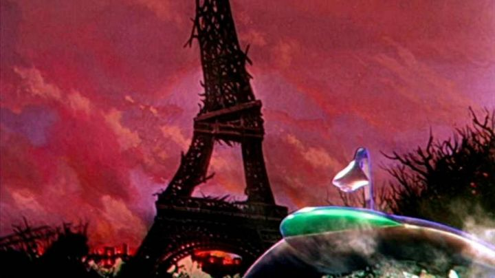 The Eiffel Tower in the war of The worlds 1953 - Movie Outfits and Products