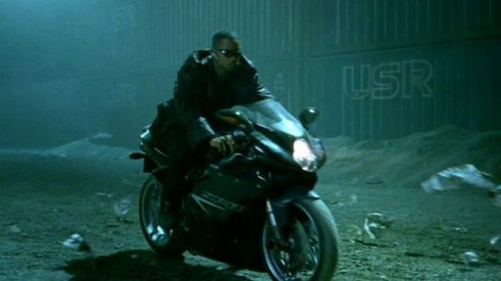 Fashion Trends 2021: The F4 Agusta of Will Smith in I, Robot