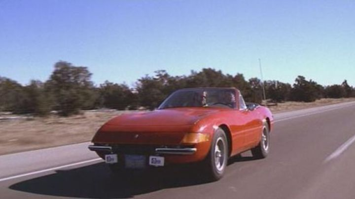 The Ferrari Daytona Spider in Chewing Gum Rallye - Movie Outfits and Products