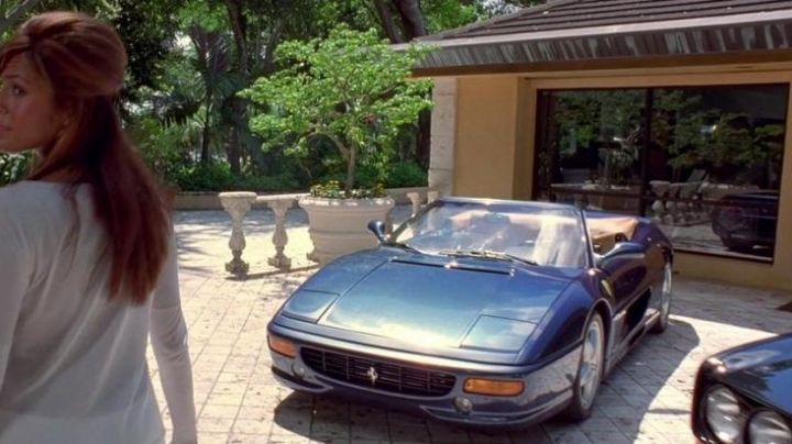 The Ferrari F355 Spider Carter Verone (Cole Hauser in 2 Fast 2 Furious - Movie Outfits and Products