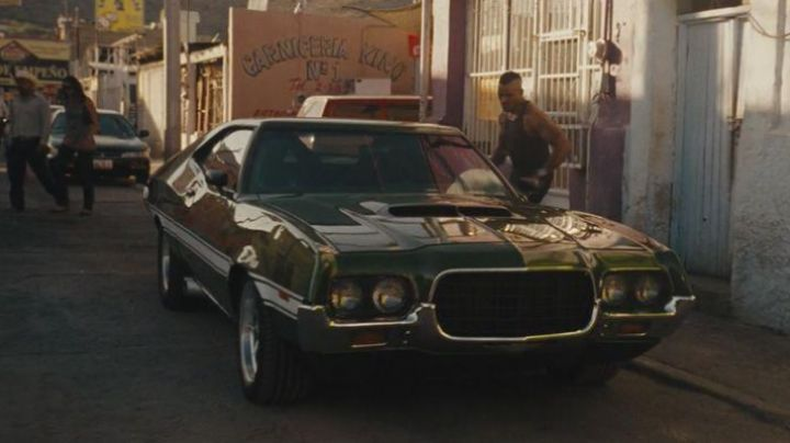 The Ford Gran Torino of Fenix Rise (Laz Alonso) in Fast & the Furious 4 - Movie Outfits and Products