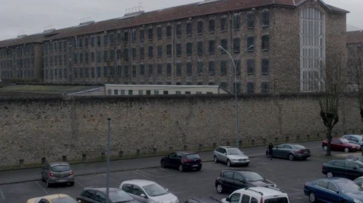 The Fresnes detention center in the paris region and in the movie She - Movie Outfits and Products