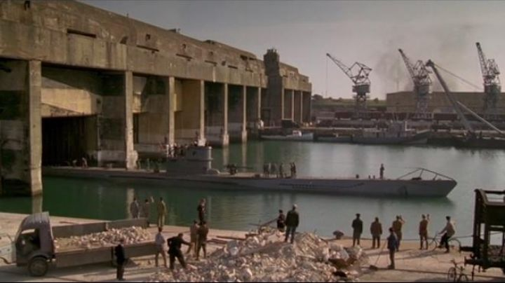 The Grand port maritime of La Rochelle in The boat - Movie Outfits and Products