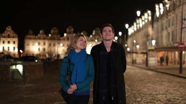 The Grand'place of Arras in Not of its kind (Emilie Dequenne and Loïc Corbery) - Movie Outfits and Products