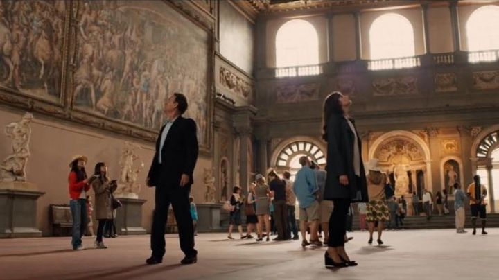 The Hall of the Five Hundred (Salone dei Cinquecento) in the Palazzo Vecchio of Florence in Italy in Inferno - Movie Outfits and Products
