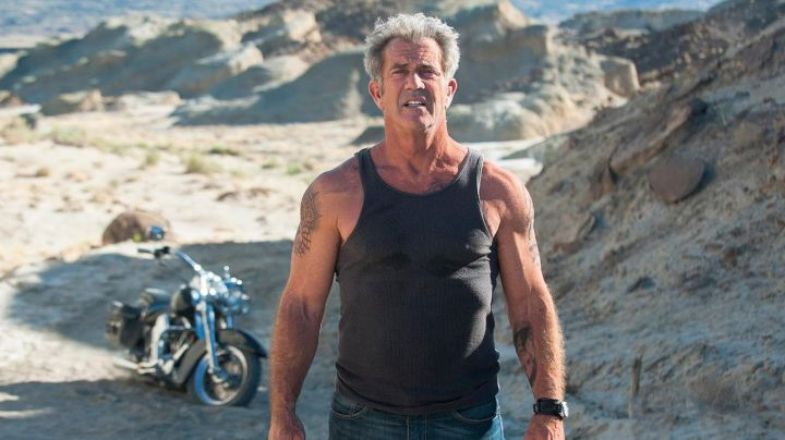 The Harley Davidson of Mel Gibson in Blood Father - Movie Outfits and Products