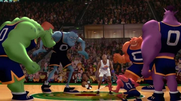 The Jordan 11 Retro black Michael Jordan in Space Jam - Movie Outfits and Products
