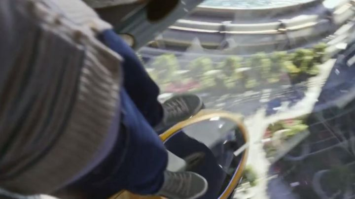 The K-Swiss Belmont So T Casey Newton in Tomorrowland - Movie Outfits and Products