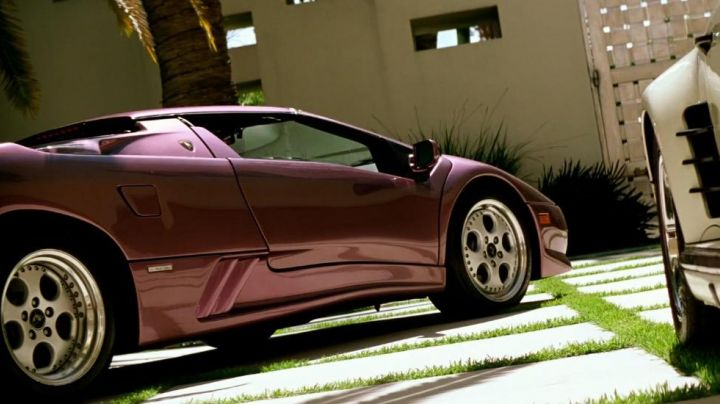 The Lamborghini Diablo Roadster (1995) in No Pain No Gain - Movie Outfits and Products