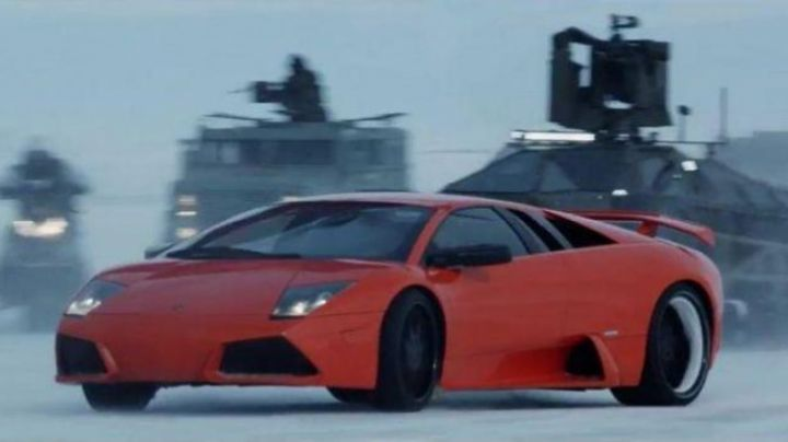 The Lamborghini Murcielago of Roman Pierce (Tyrese Gibson) in Fast & Furious 8 - Movie Outfits and Products
