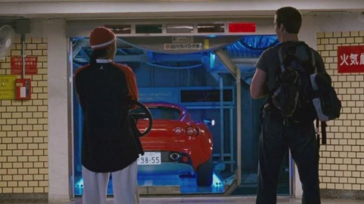 The Lotus Elise of Twinkie (Bow wow) in The Fast and the Furious: Tokyo Drift - Movie Outfits and Products