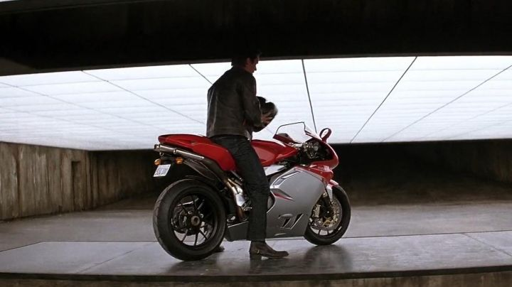 The MV Agusta F4 Bruce Wayne (Christian Bale) in The Dark Knight - Movie Outfits and Products