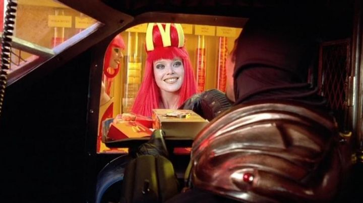 The Mc Donald's future in The Fifth Element movie