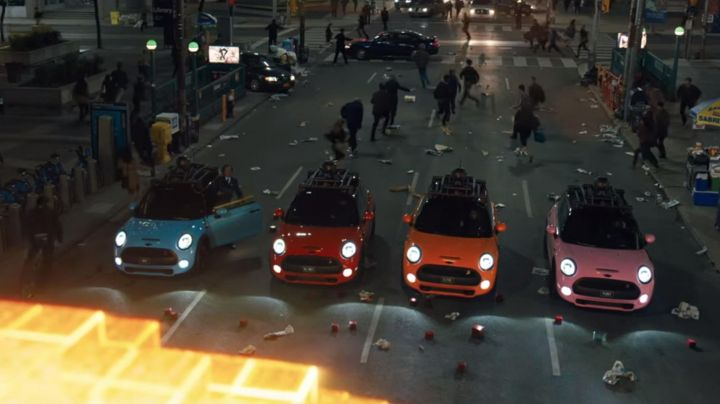 The Mini Cooper S in Pixels - Movie Outfits and Products