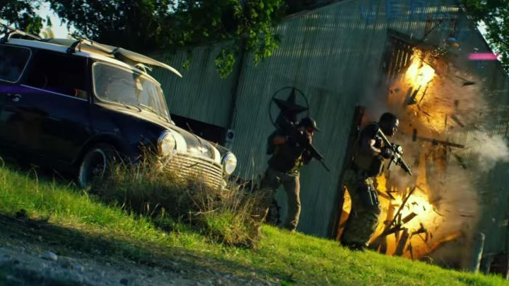 The Mini Cooper in Transformers: Age Of Extinction - Movie Outfits and Products