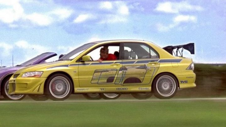 The Mitsubishi Lancer Evolution Brian O'conner (Paul Walker) in 2 Fast 2 Furious - Movie Outfits and Products