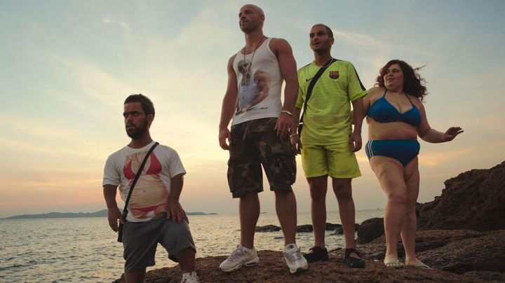 The Niike Air Max 95 white by Franck Gastambide in Pattaya - Movie Outfits and Products