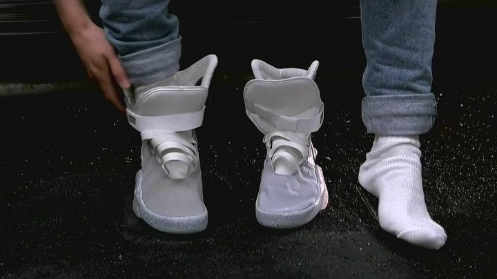 Fashion Trends 2021: The Nike Air Mag of Marty McFly (Michael J. Fox) in Back to the future 2