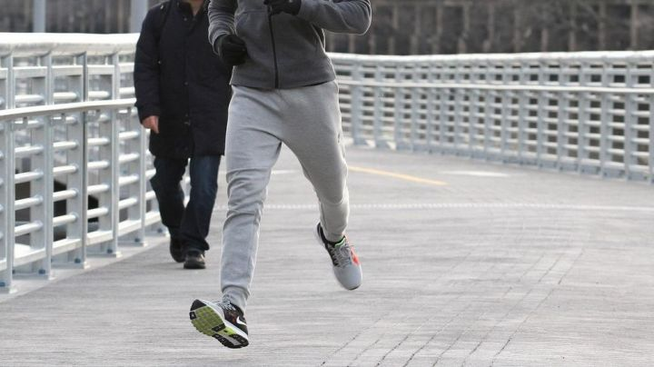 Fashion Trends 2021: The Nike red vomero 9 zoom Michael B. Jordan in Creed